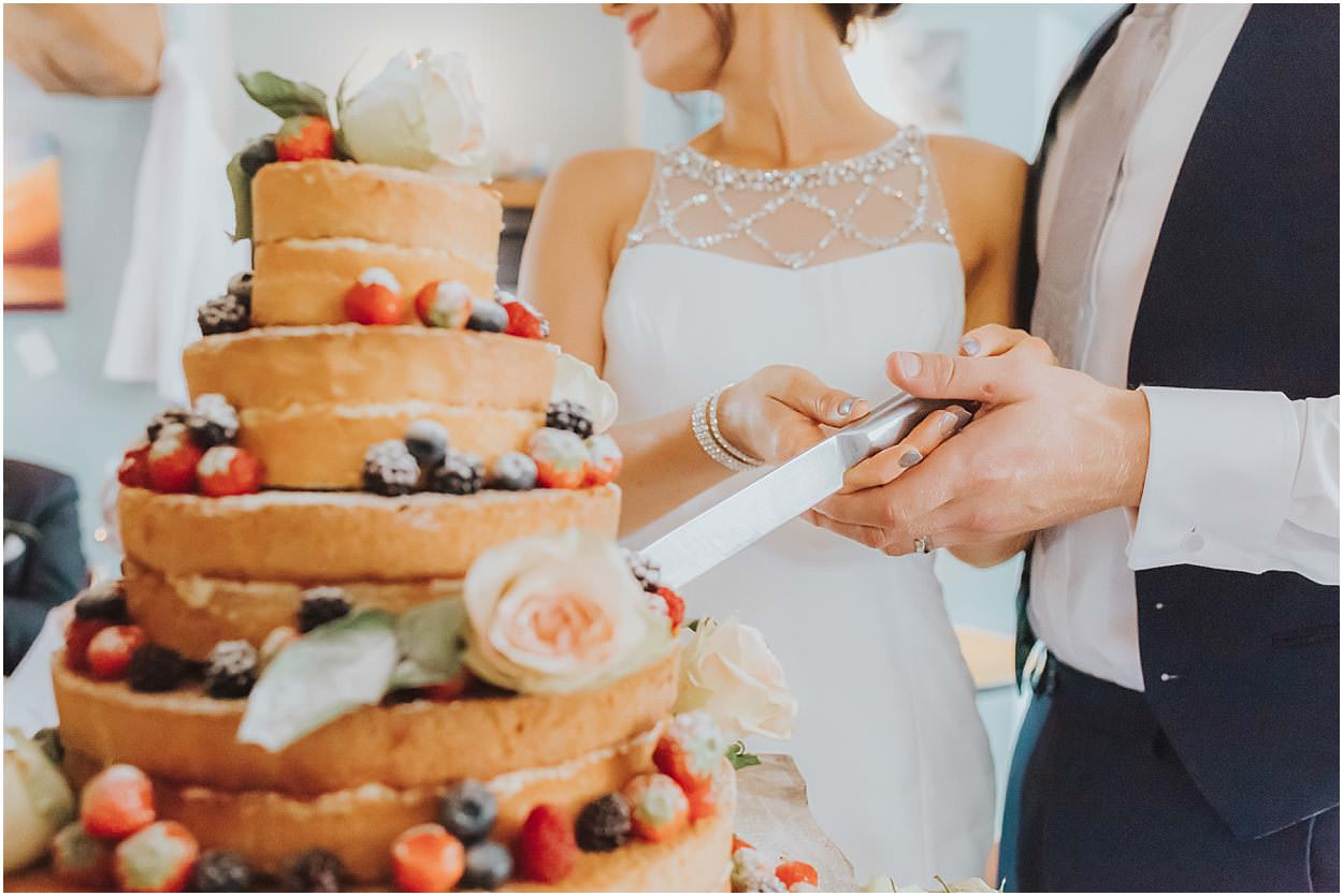 Lincolnshire photography couple cutting a naked cake