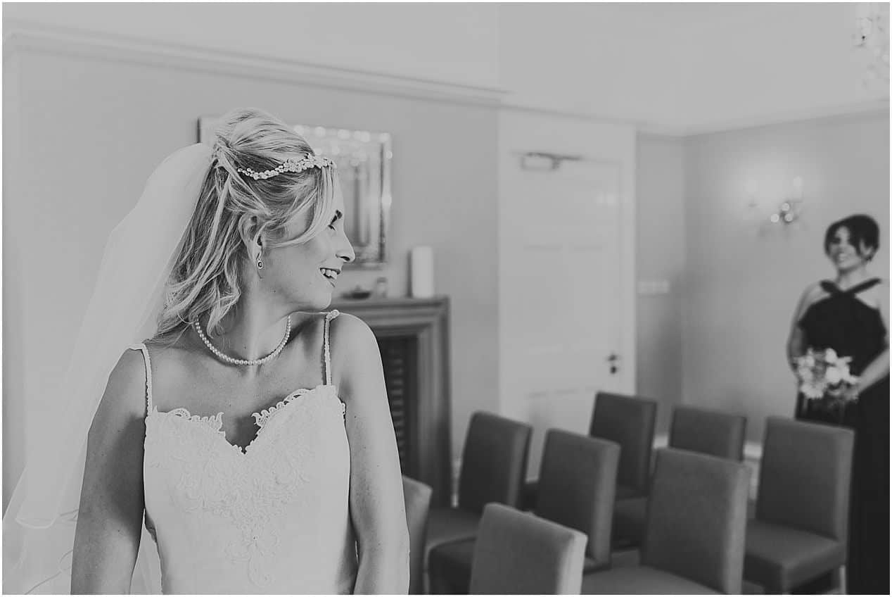 Leicestershire Wedding Photographer Hilton Weddings Leicestershire Wedding 1034 - Mr and Mrs Haynes // LEICESTER WEDDING